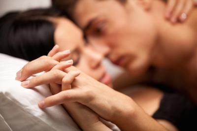 Phụ nữ có nên quan hệ tình dục trước khi cưới?